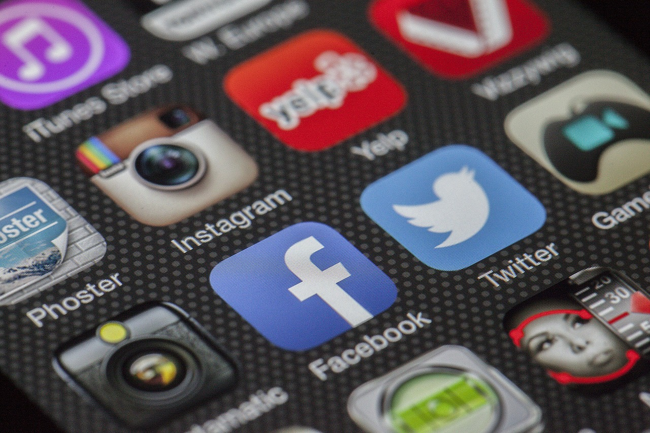 Photo of a screen showing social media app icons.
